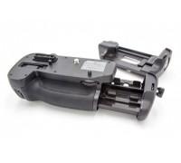 Baterijų laikiklis Nikon MB-D15, D7100, D7200 (800114815)